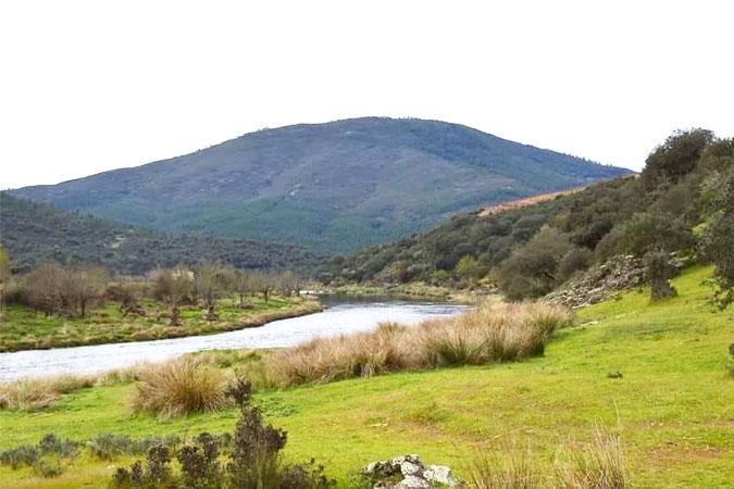 Conoce la Sierra de Francia en primavera desde Casas Arroal