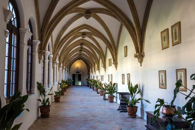 En el Monasterio de Cotalba de la mano de los Borgia