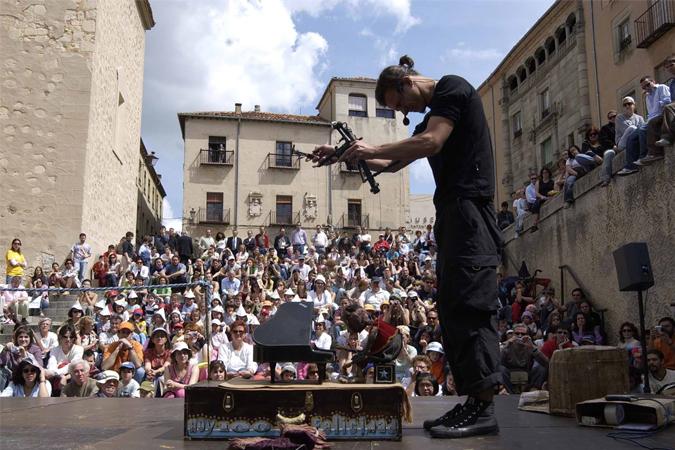 Segovia celebra del 10 al 15 de mayo una nueva edición de Titirimundi