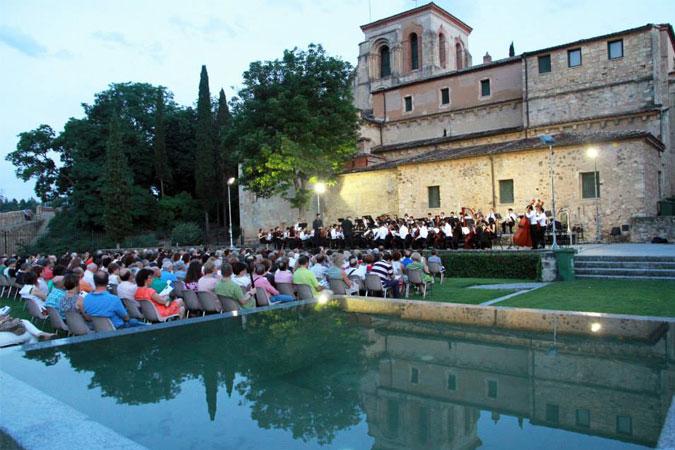 Segovia celebra por todo lo alto San Juan y San Pedro