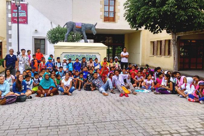Sendaviva recibe la visita de 90 niños saharauis