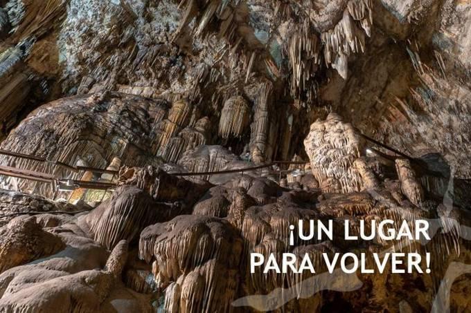 Un día en familia en la Cueva de Nerja