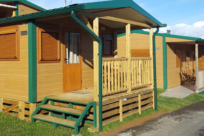 Camping Zumaia: 5x4 en bungalow de domingo a viernes